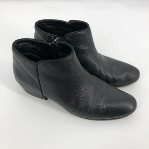 SAM EDELMAN Pebbled Leather Petty Ankle Booties